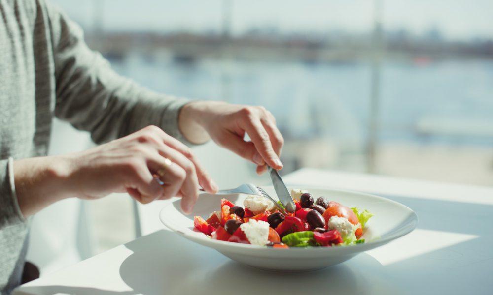 organic-salad-healthy-lifestyle-eating-healthy-cuisine-healthy-food-diet-vegan-greek-cuisine_t20_GgbB1E